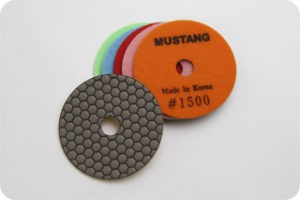MUSTANG DRY POLISHING PADS