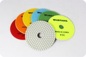 MUSTANG D SERIES POLISHING PADS